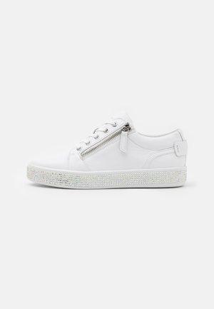 LEELU - Sneakers laag - white