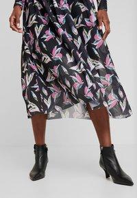 TOM TAILOR DENIM - PRINTED MESH DRESS - Day dress - black abstract flower print grey - 4
