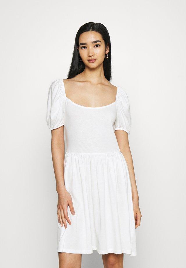 BALLOON SLEEVE DRESS - Sukienka z dżerseju - white