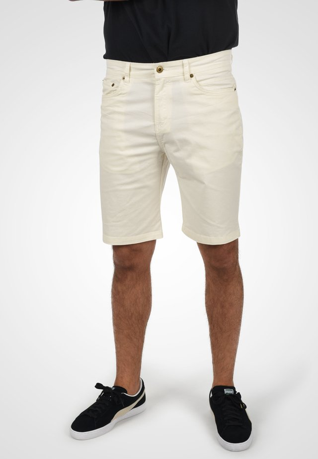 Denim shorts - milky white
