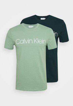 FRONT LOGO 2 PACK - T-shirt med print - green