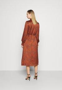 Vila - VIRAMDI FUNKEL DRESS - Shirt dress - burnt henna - 2
