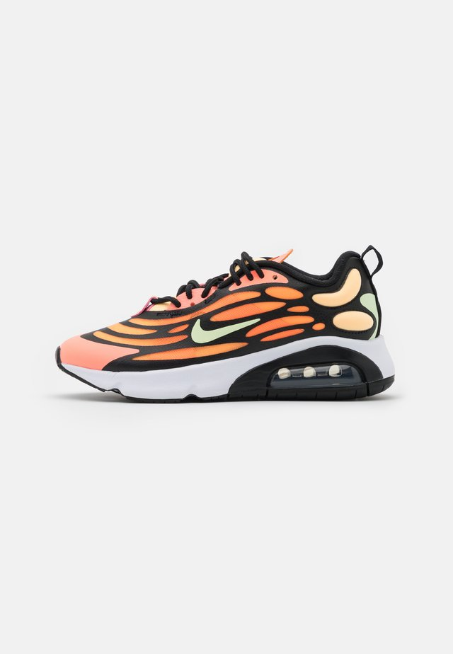 AIR MAX EXOSENSE - Baskets basses - atomic pink/volt/black/melon tint/orange pulse/white