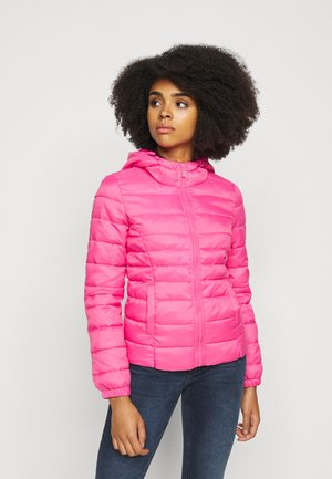 ONLNEWTAHOE QUILTED HOOD  - Light jacket - shocking pink