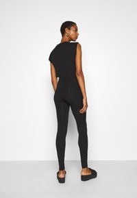 ONLY Tall - ONLOLIVIA - Leggings - Trousers - black - 2