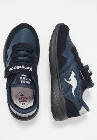 Rooskickx - INVADER - Baskets basses - navy/light grey - 0