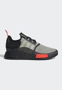 adidas Originals - NMD_R1 - Sneakers basse - halo green/core black/semi solar red - 6