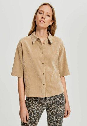 FORDA KURZARM - Button-down blouse - camel