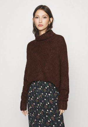 ONLOLIVIA LOOSE ROLLNECK  - Jersey de punto - chocolate brown