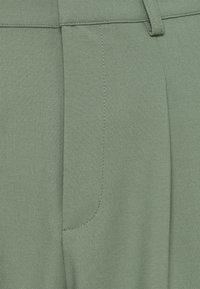 Rich & Royal - PANTS - Pantalones - eukalyptus - 4