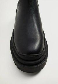 Mango - NACHO - Platform ankle boots - schwarz - 5
