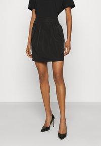 Emporio Armani - Mini skirt - black - 0