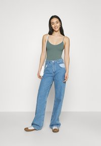 BDG Urban Outfitters - BUNGEE STRAP THONG - Top - stormy sea - 1