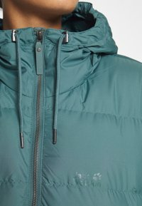 Jack Wolfskin - CRYSTAL PALACE COAT - Down coat - north atlantic - 5