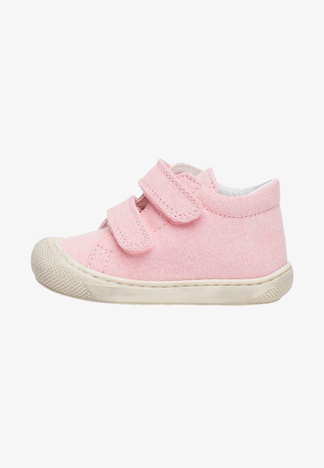 COCOON - Scarpe primi passi - pink