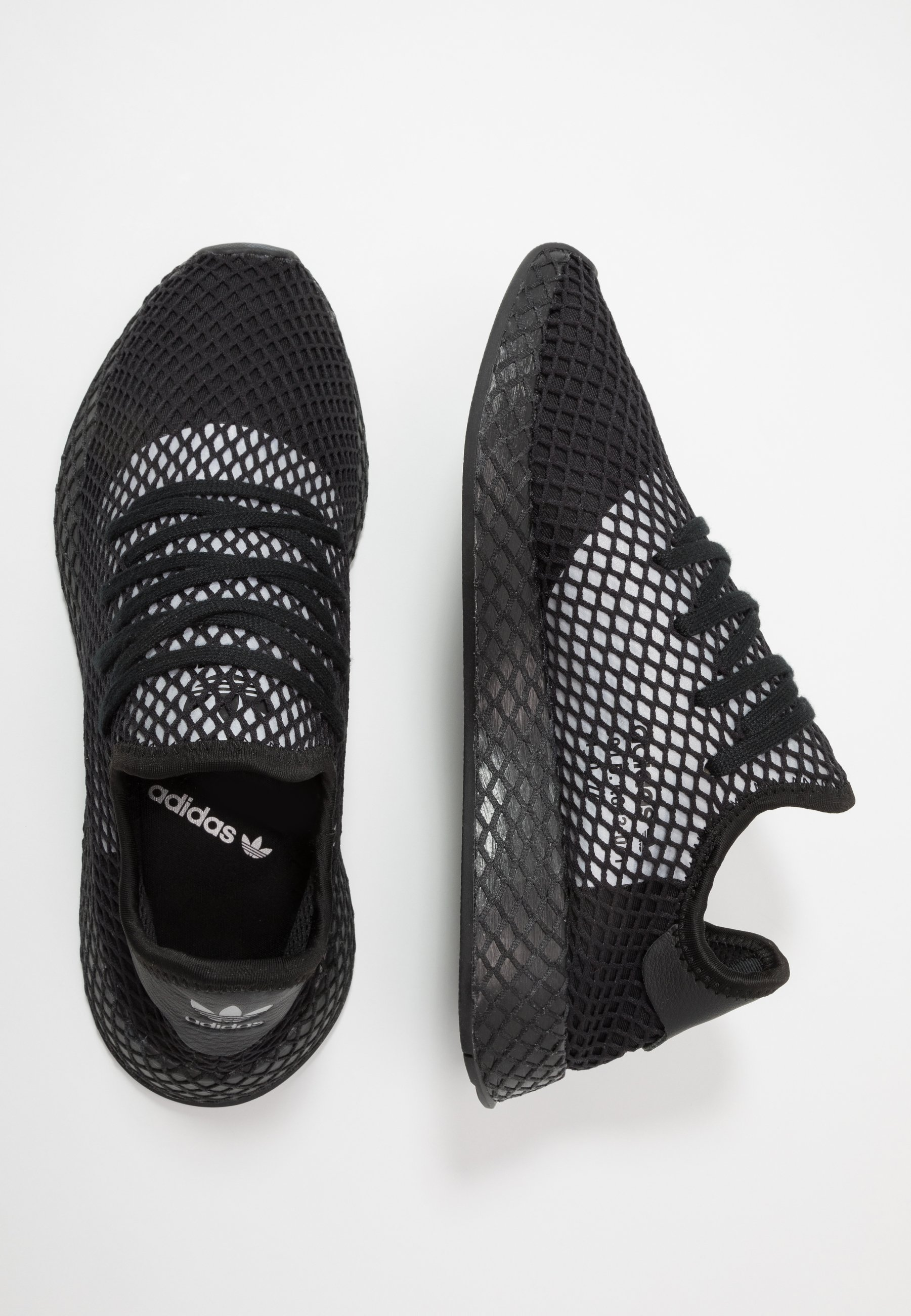 DEERUPT RUNNER Sneakers core blacksilver metallic