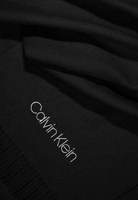 Calvin Klein - CLASSIC SCARF - Šála - black - 2