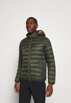 MAN JACKET ZIP HOOD - Chaqueta de invierno - oil green