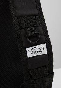 Vintage Supply - UTILITY VEST - Waistcoat - black - 7