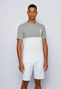 BOSS - TEE  - Print T-shirt - light grey - 0