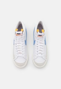 Nike Sportswear - BLAZER MID '77 - High-top trainers - white/royal pulse/hyper crimson/black/sail - 5