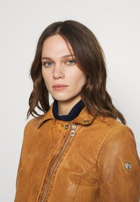 Gipsy - Leather jacket - camel - 3