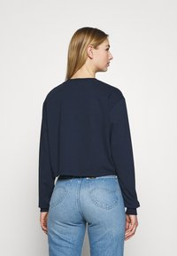 Tommy Jeans - BADGE LONGSLEEVE - T-shirt à manches longues - twilight navy - 2