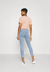 Cotton On - MID RISE CROPPED - Jeans Skinny Fit - flynn blue - 2