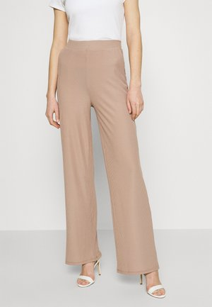 WIDE POCKET PANTS - Bukse - beige