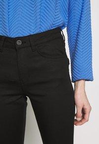 TOM TAILOR DENIM - NELA - Jeans Skinny Fit - black denim - 5