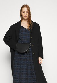 YAS - YASCHIA  DRESS - Robe d'été - night sky/black check - 3