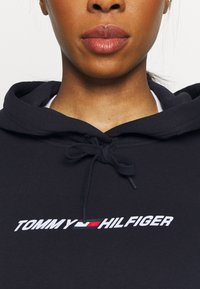 Tommy Hilfiger - RELAXED GRAPHIC HOODIE - Sweat à capuche - blue - 3