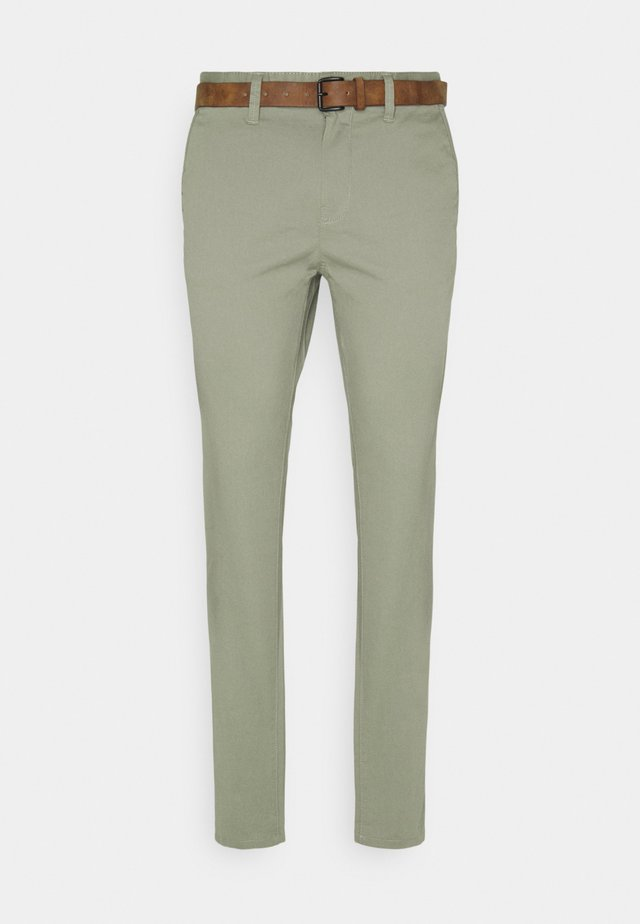 WITH BELT - Chinos - greyish shadow olive