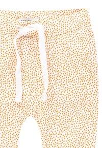 Noppies - KIRSTEN - Pantalon classique - honey yellow - 2