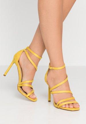 OSSIAN - Sandály na vysokém podpatku - yellow