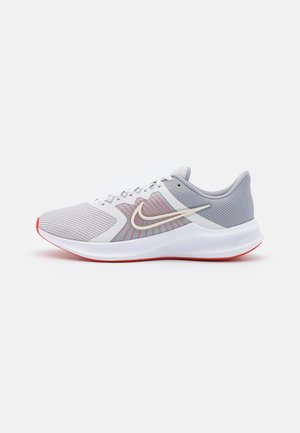 DOWNSHIFTER 11 - Neutral running shoes - platinum tint/summit white/wolf grey/chile red/white
