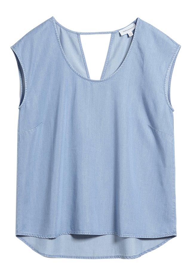 Blouse - light denim blue