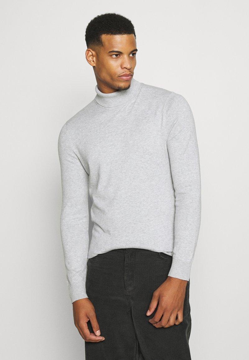 Burton Menswear London - FINE GAUGE ROLL  - Trui - light grey