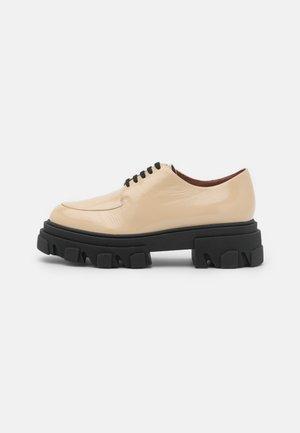 DEMER - Šněrovací boty - beige