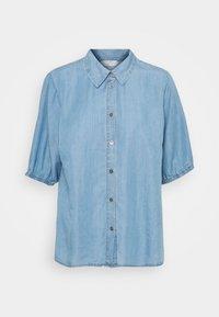Cream - AMIRA BALLON SLEEVE - Camisa - blue denim - 0