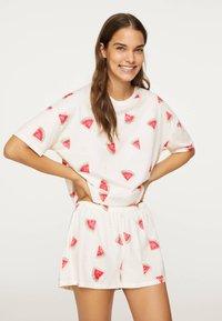 OYSHO - WATERMELON SHORT-SLEEVED T-SHIRT 30259786 - Pyjama top - white - 0