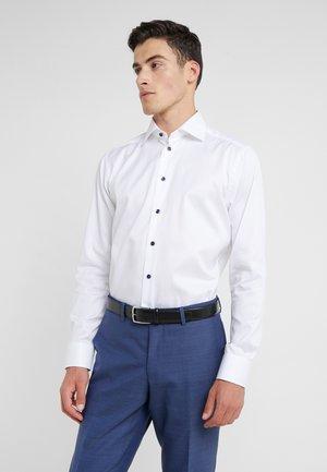 ETON SLIM FIT LANGARM - Formal shirt - weiss