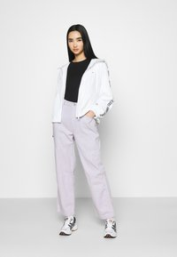 Tommy Jeans - TAPE SLEEVE  - Summer jacket - white - 1