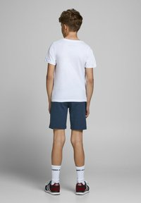 Jack & Jones Junior - Shorts - china blue - 2