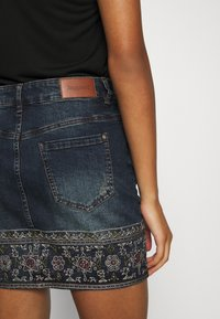 Desigual - FAL DENVER - Denim skirt - denim medium - 3