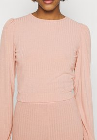 Miss Selfridge - TIE BACK KICKFLARE SET - Trousers - pink - 8