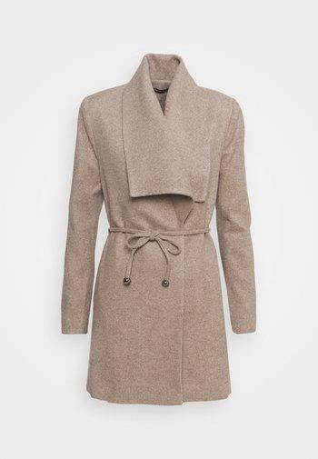 Klasyczny płaszcz - beige