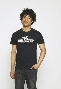 Hollister Co. - WEBEX SPORT 5PACK - Print T-shirt - multi - 3