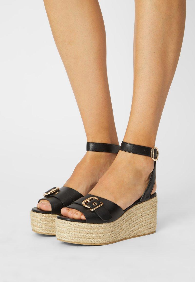 Glamorous Wide Fit - Sandales à plateforme - black