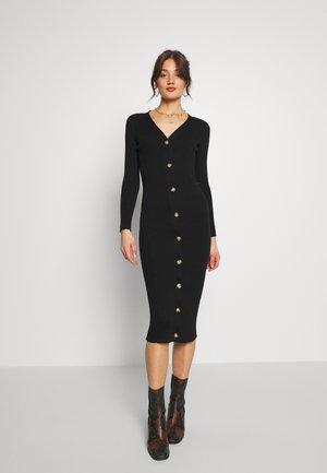 OBJFEATHER DRESS - Pletené šaty - black